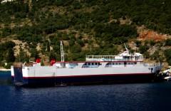 ionion pelagos @pisaetos ferry terminal 280810 a
