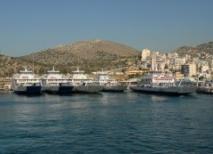Double ended open-type ferries in Perama