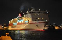 Olympia Palace leaving Piraeus