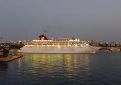 Zenith leaving Piraeus