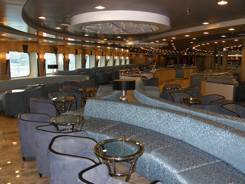 cruise europa king minos lounge