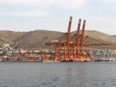 Piraeus Kranes