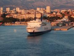 Split 1700
