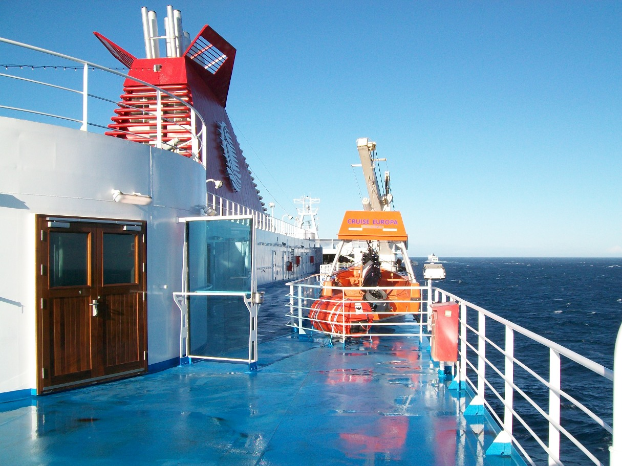 Cruise Europa - Right deck