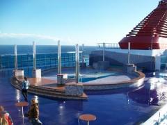 Cruise Europa - Pool