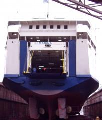 marina on perama drydock 160105 C