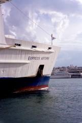 express artemis@ piraeus