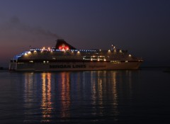 cruise europa arriving@ patra 271111 D