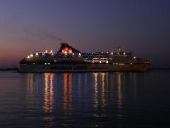 cruise europa arriving@ patra 271111 C