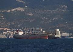 Elefsis Bay