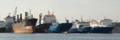 Ships in Drapetsona (31/12/2011)