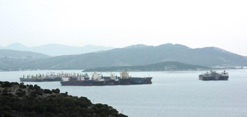 Laid up ships at ELEFSIS BAY 12.3.2016