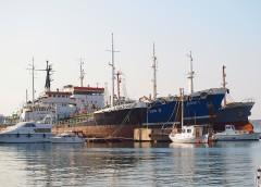 Tanker ships - Perama