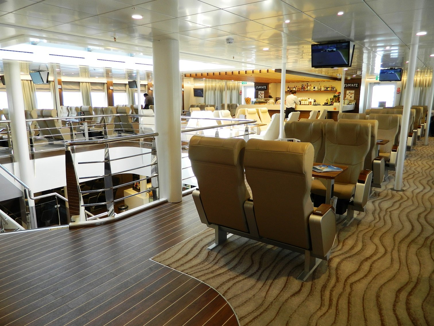 Highspeed 7 Vip Lounge in Bridge Deck