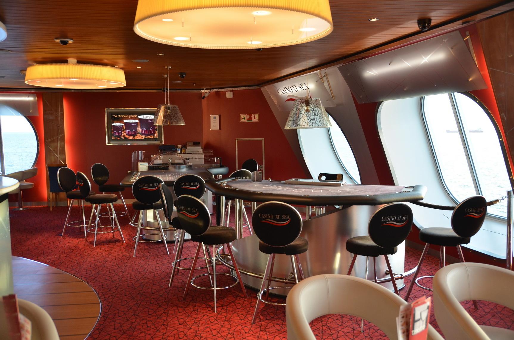 Stena Hollandica_casino jpg - Stena Hollandica - Shipfriends
