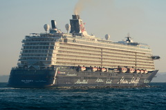 Mein Schiff 3_23-04-17_Piraeus_15.jpg