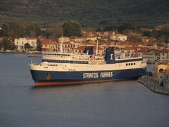 kefalonia @vathy 100410 glowing @ her homeport