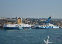 Neptune Odyssey & Eurocargo Venezia