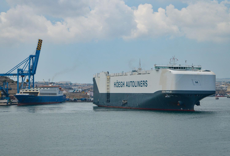 Euroferry Malta & Hoegh Traveller - Hoegh Traveller