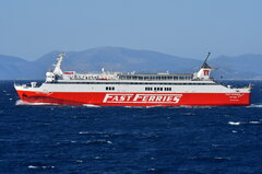 Fast Ferries Andros_21-08-18_off Rafina_6