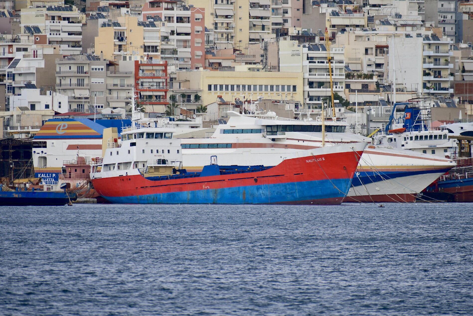 Nautilus III_27-12-18_Perama