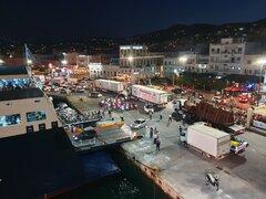 Syros port