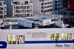 Peter Pan_trucks