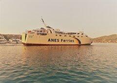 symi @ skiathos port