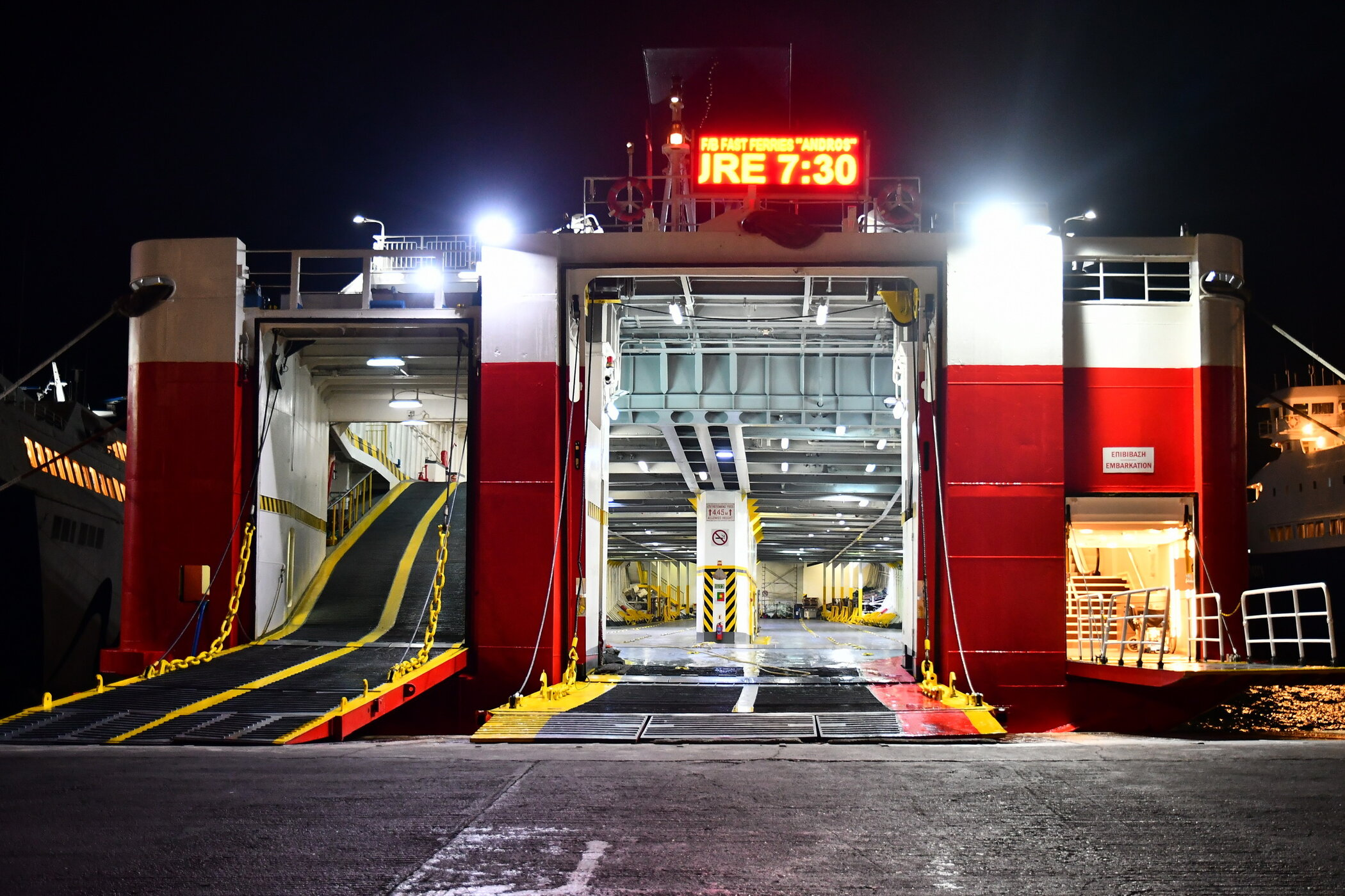 Fast Ferries Andros_04-08-19_Rafina_3
