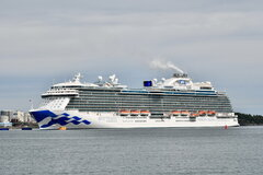 Regal Princess_25-06-19_Nynashamn