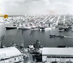 Piraeus port 50s