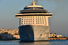 Anthem of the Seas_02-07-20_Piraeus_3