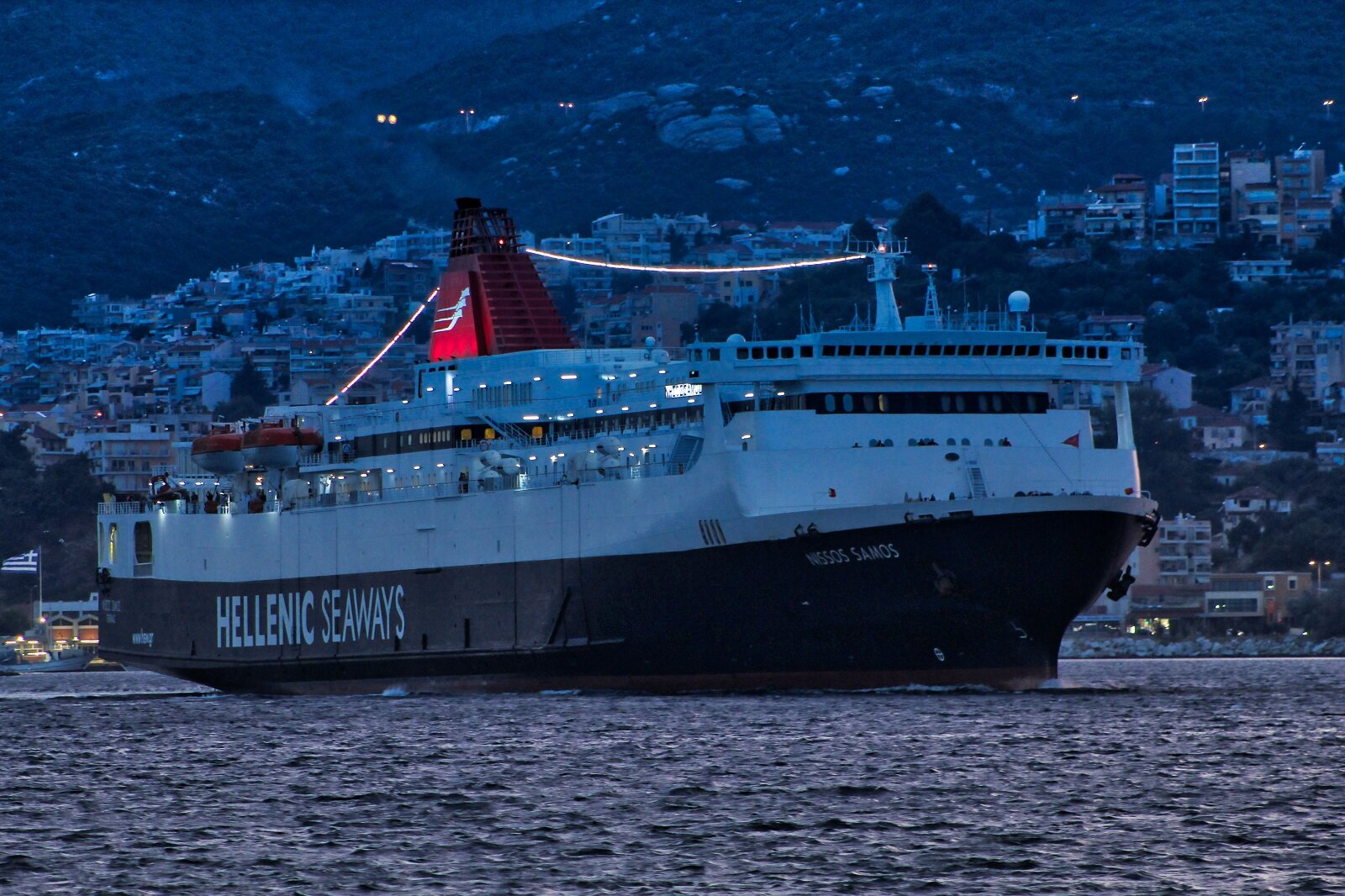ΝISSOS SAMOS arrival at Kavala Port