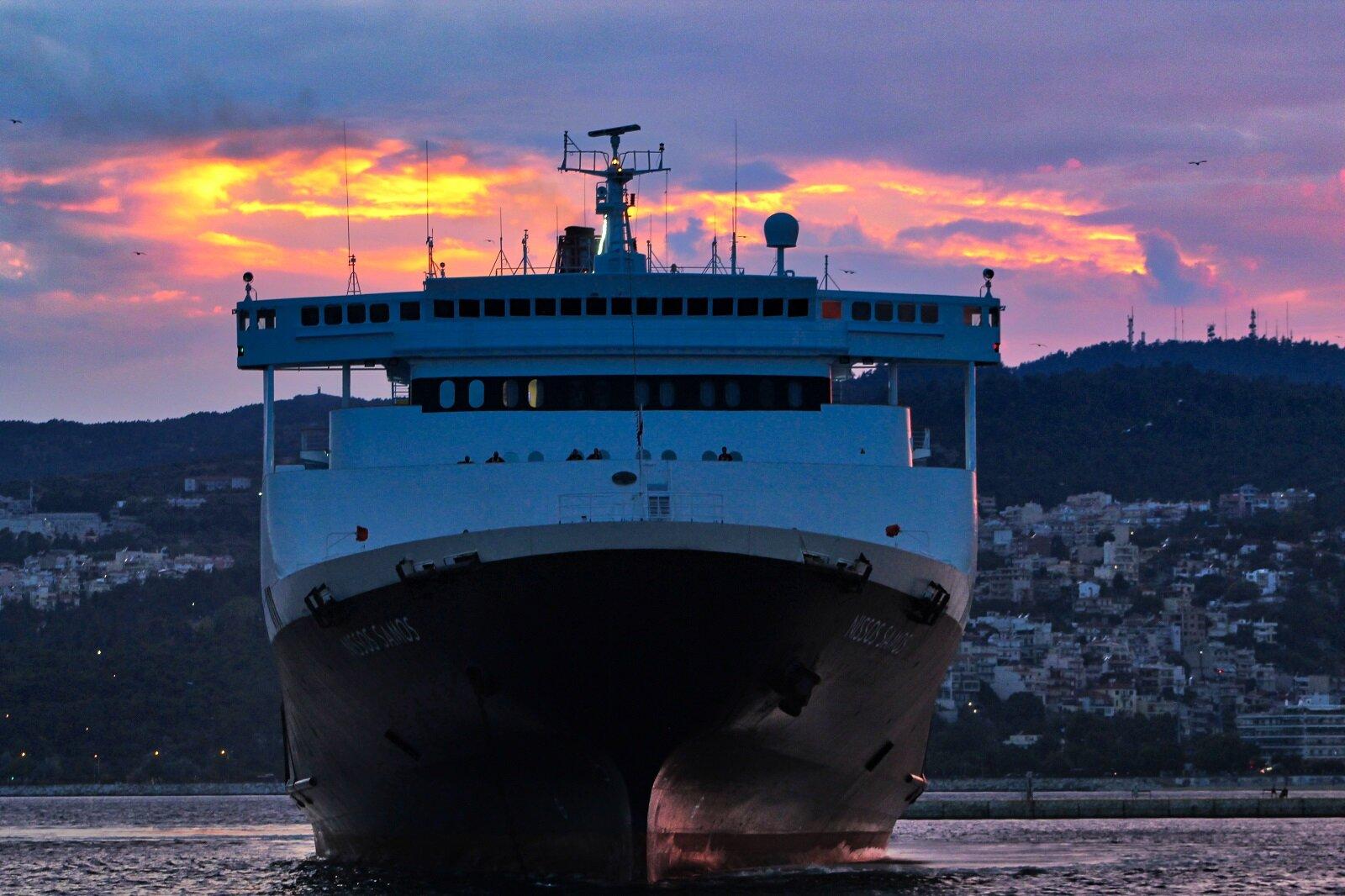 ΝISSOS SAMOS arrival at Kavala Port