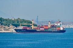 Piraeus Trader