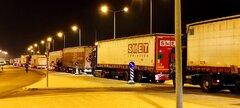 trucks awaiting ferries on strike patra 261120