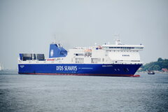 Athena Seaways_24-06-16_Kiel_3