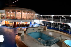 Moby Tommy_pool deck