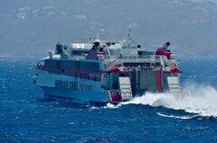 Santorini Palace_15-07-21_off Mykonos_2