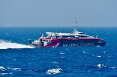Flyingcat 4_15-07-21_off Mykonos_3