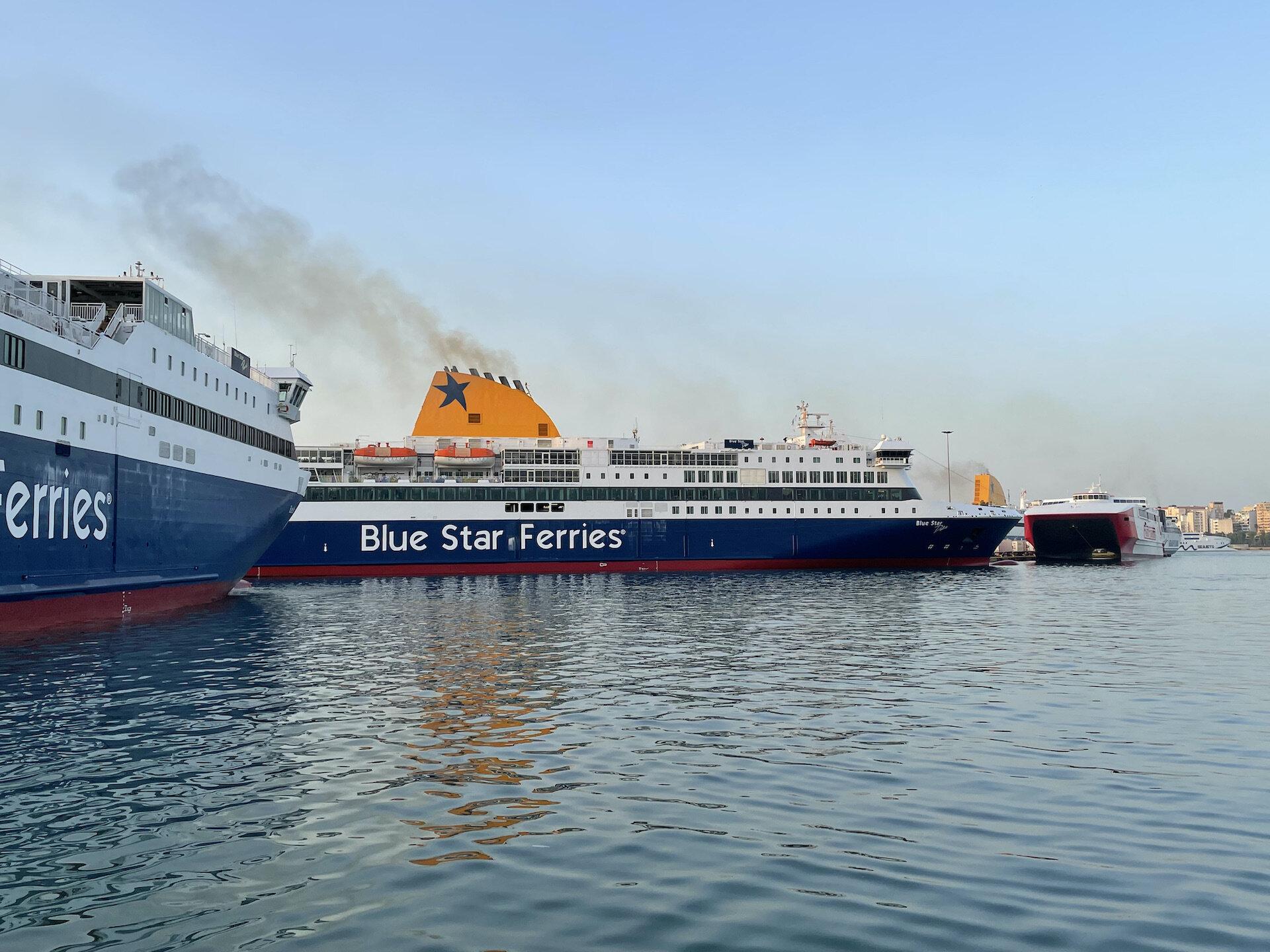 Blue Star Paros-Delos, Thunder @ Piraeus