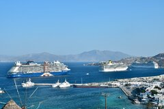 Celebrity Apex_Costa Luminosa_MSC Magnifica_29-07-21_Mykonos_2